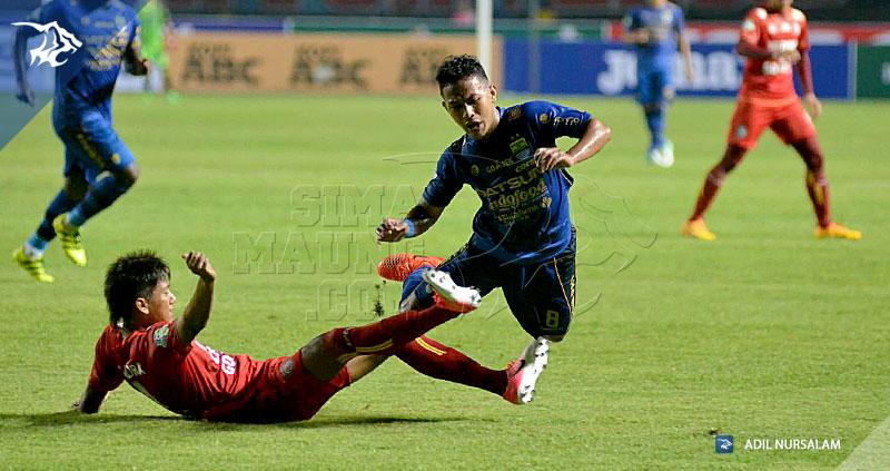 Persib-Arema-Liga-1-Zola