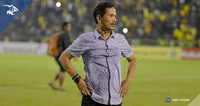 Foto-Persegres-Gresik-United-vs-Persib-Bandung-Liga-1-2017-Jajang-Nurjaman_0011