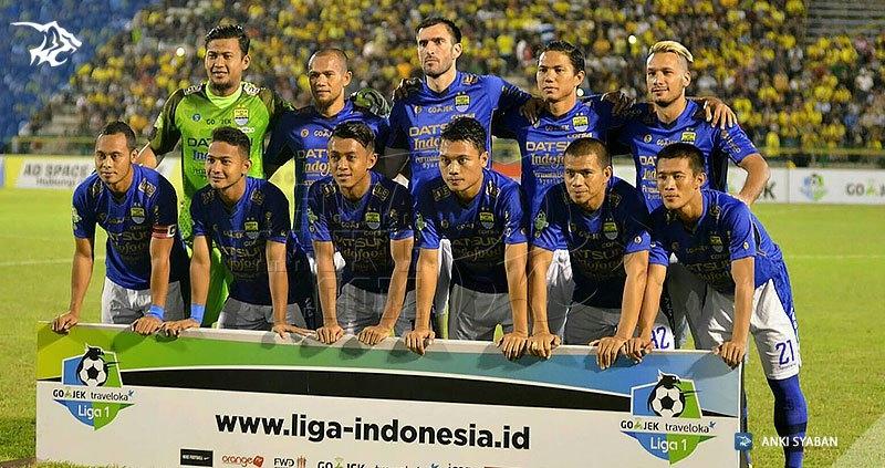 Foto-Persegres-Gresik-United-vs-Persib-Bandung-Liga-1-2017_0001
