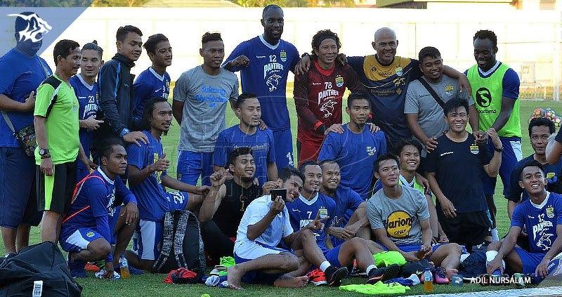 Latihan Persib Stadion 17 Mei Banjarmasin Vs Barito Putera Bandung