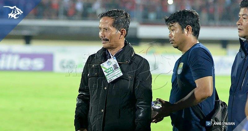 foto-bali-united-vs-pers0b-liga-1-2017-jajang-nurjaman-20170531 #1_170601_0011