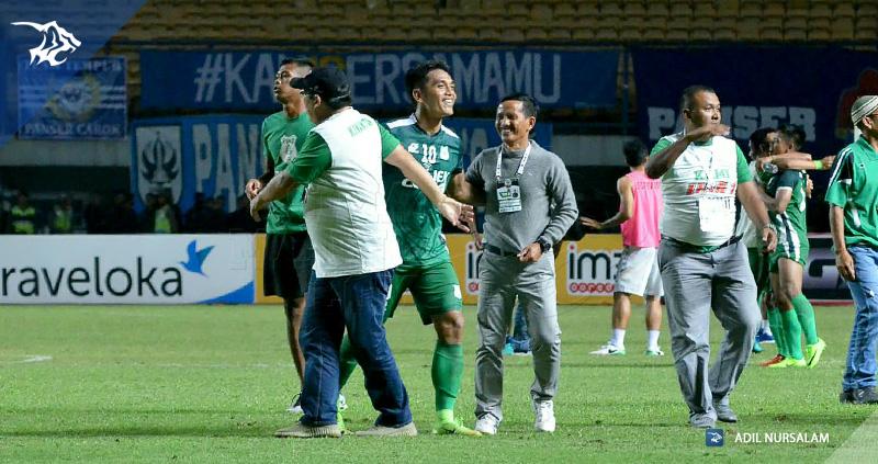 Persib Bandung Berita Online   simamaung.com » Janur ...